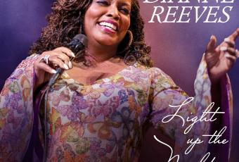 Dianne Reeves « Light Up The Night, Live in Marciac » Decca Records / Universal